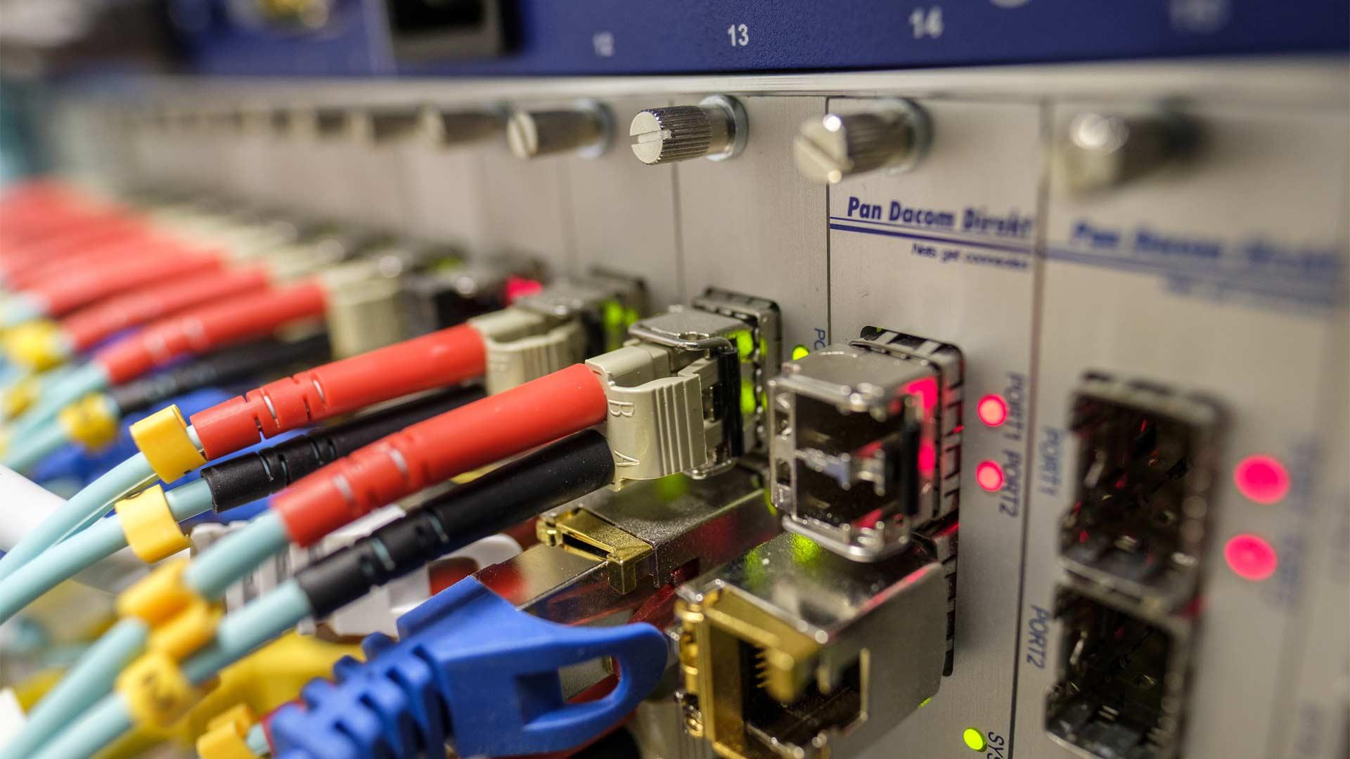 アクセス層とは - 物理的な信号の伝送【第4回 ド素人のためのネットワーク講座】